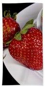 Strawberry Arrangement With A White Bowl No.0036 Bath Towel