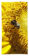 Sunflower With Bee Bath Towel