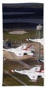 Thunderbirds Fly Past Endeavour Bath Towel