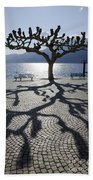 Tree With Shadow Bath Towel
