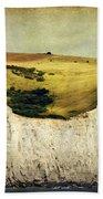 White Cliffs Lighthouse Bath Towel