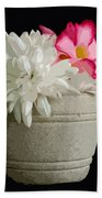 Desert Rose   Chrysanthemum And Adenium Obesum Bath Towel