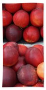 European Markets - Nectarines Bath Towel
