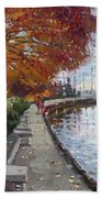 Fall In Port Credit On Bath Towel