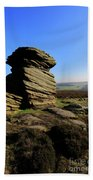 Mother Cap Gritstone Rock Formation, Millstone Edge Bath Towel
