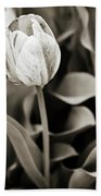 Black And White Tulip Bath Towel