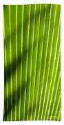 Leaf Close-up Bath Towel