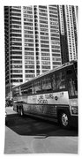 Chicago Bus And Buildings Bath Towel