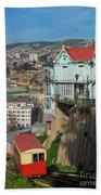 Valparaiso, Chile Bath Towel