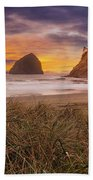 Cape Kiwanda In Pacific City Beach At Sunset Hand Towel