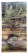Cliffs At The Dells Bath Towel