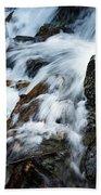 Detail Wild Stream Bath Towel