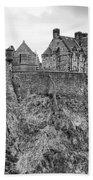Edinburgh Castle Bw Bath Towel