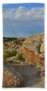 Evening Light On Boulders Of Bentonite Site Bath Towel