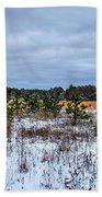 Old Farm Field Li.ny Bath Towel