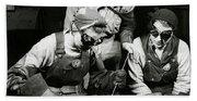 Female Welders - Ww2 Homefront - 1943 Bath Towel