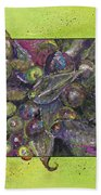 Flowing Leaves And Berries Bath Towel