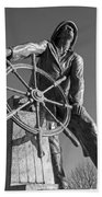 Gloucester Fisherman's Memorial Statue Black And White Bath Towel