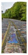 Graffiti Highway, Facing North Bath Towel