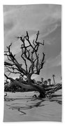 Hunting Island Beach And Driftwood Black And White Bath Towel