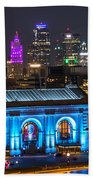 Kansas City Vibrant At Night Bath Towel