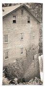Lanterman's Mill In Mill Creek Park Black And White Bath Towel