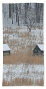 Log Cabins In Valley Forge Bath Towel