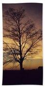 Lone Tree At Sunrise Bath Towel