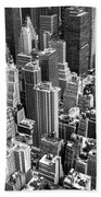 Manhattan In Monochrome. Bath Towel