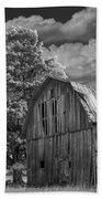 Michigan Old Wooden Barn Bath Towel