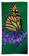 Monarch Butterfly On Flower Blossom Bath Towel