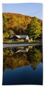 Mountain Lake Beach With Fall Color Reflections Bath Towel
