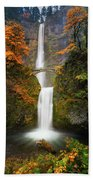Multnomah Falls In Autumn Colors Bath Towel