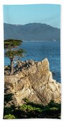 Pebble Beach Iconic Tree With Sun Light At Dusk Bath Towel