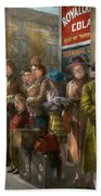 People - People Waiting For The Bus - 1943 Bath Towel