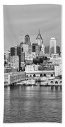Philadelphia From The Waterfront In Black And White Bath Towel