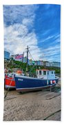 Red And Blue Fishing Trawler In Low Tide Bath Towel