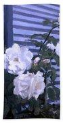 Roses De Lignes Bleues Bath Towel