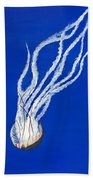 Sea Nettle II Bath Towel