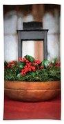 Seasons Greetings Christmas Centerpiece Bath Towel