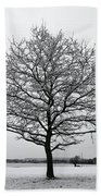 Snow On Epsom Downs Surrey Uk Bath Towel