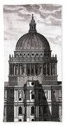 St. Pauls Drawn By Christopher Wren Bath Towel