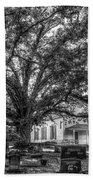 Still Faithful B W God Bethany Presbyterian Church The Old Oak Tree Greene County Georgia Art Bath Towel