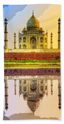 Taj Mahal At Sunrise Bath Towel