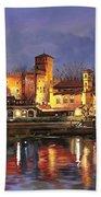 Torino-il Borgo Medioevale Di Notte Bath Towel