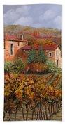tra le vigne a Montalcino Bath Towel
