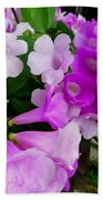 Trumpet Flower 2 Bath Towel