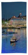 Victoria At Night Bath Towel
