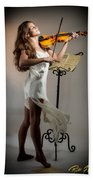 Violinista #3 Bath Towel by Rikk Flohr