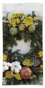 Williamsburg Wreath 09b Bath Towel